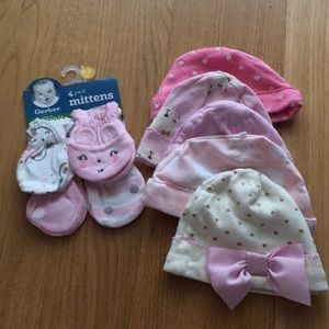 Other - Bundle of 1 pack mittens and 5 hats